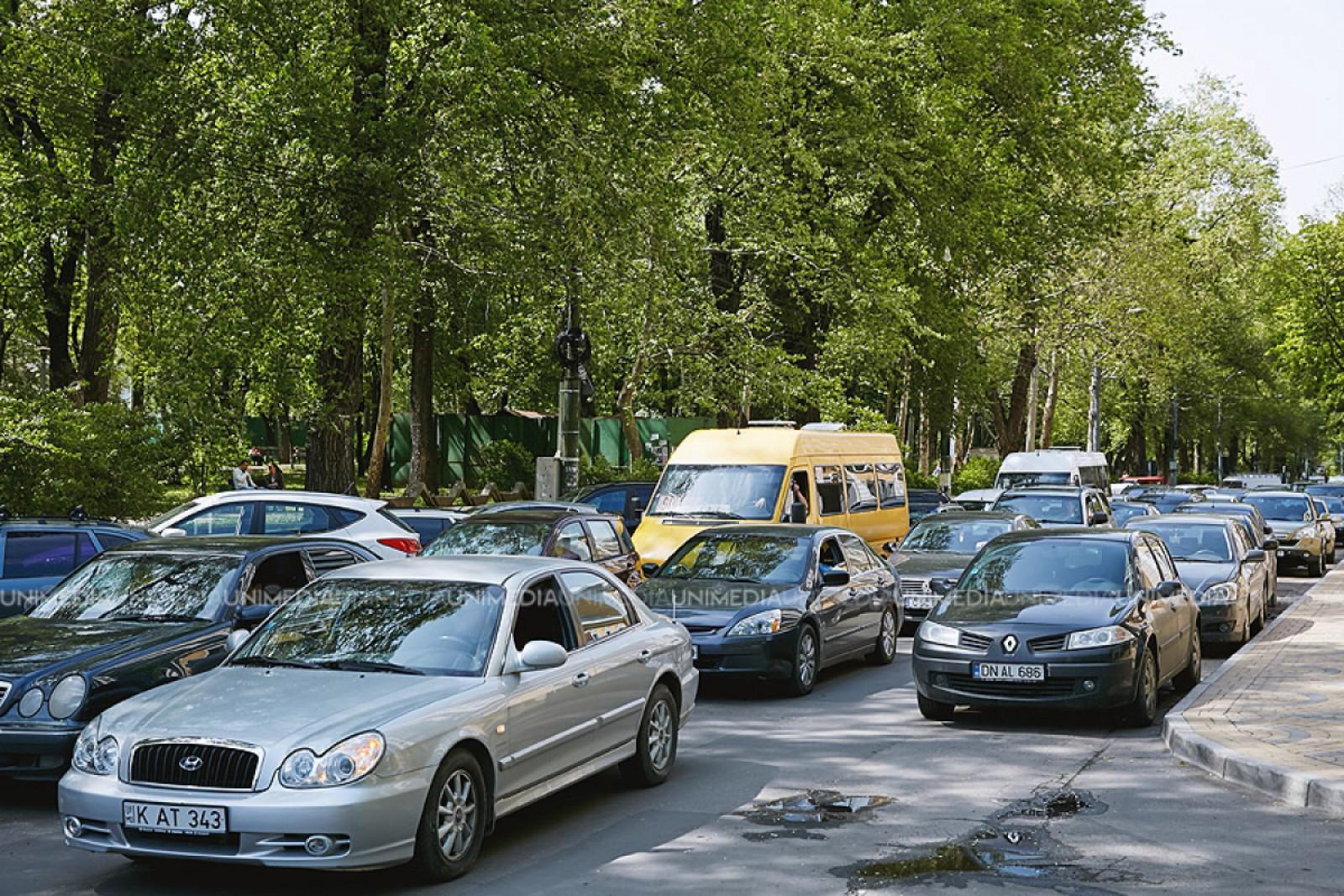 Atenție: Flux majorat pe strada Doina adiacent cu Cimitirului Sf. Lazăr