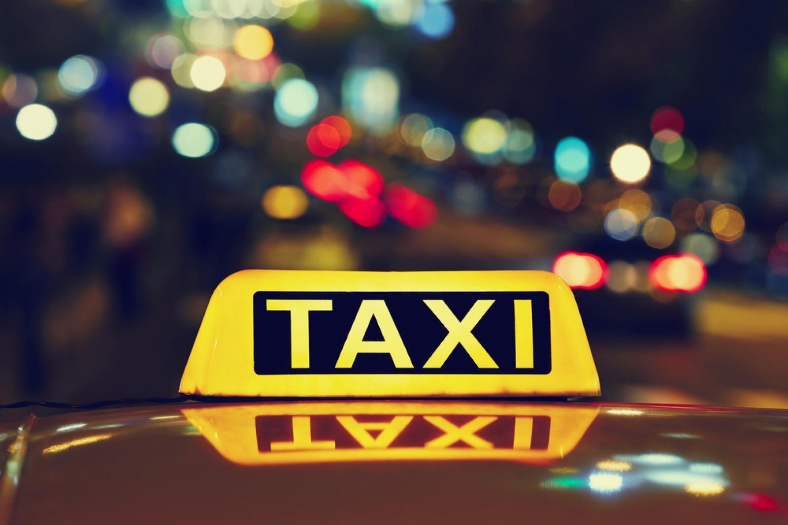 Au urcat în mașină și au legat taximetristul cu o funie de gât: Clipele de coșmar prin care a trecut un bărbat din Ialoveni