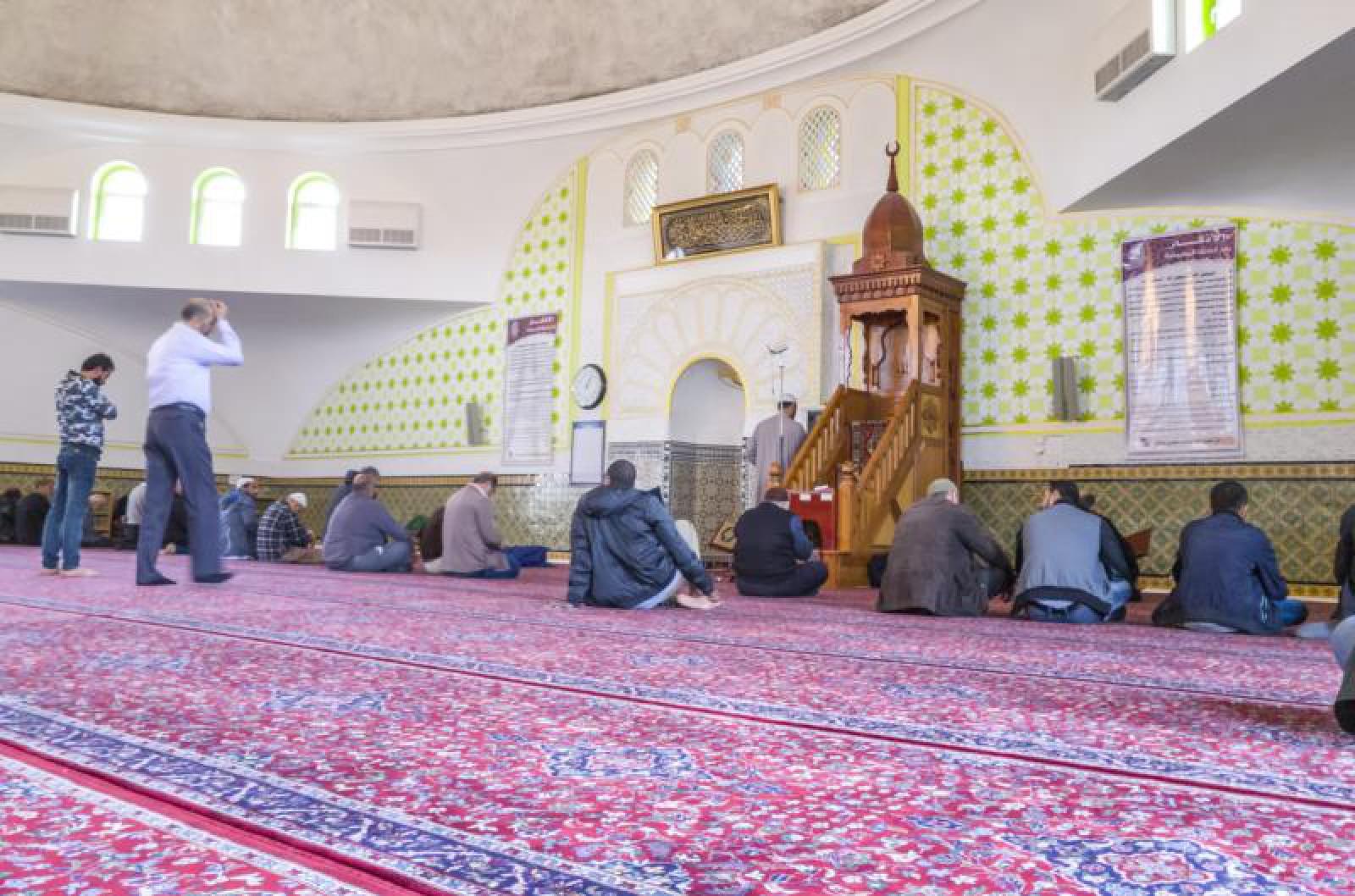 Austria: Reacția musulmanilor după ce guvernul a anunțat că va închide şapte moschei