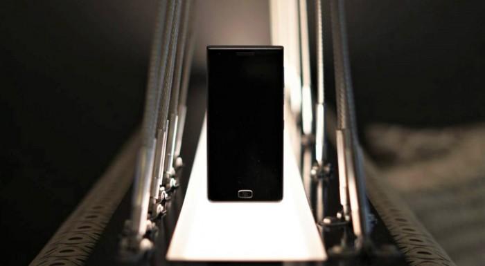 BlackBerry Motion, oficial: vine cu Android și o baterie mare