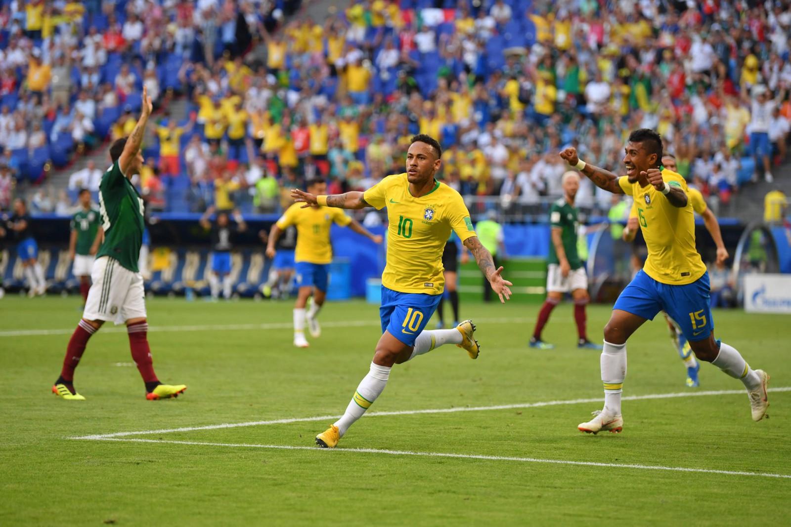 Brazilia 2-0 Mexic: Neymar a fost omul meciului pentru Selecao, echipă calificată în sferturile Campionatului Mondial