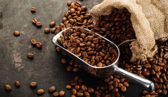 Studiu: Cantitatea optimă de cafea pe care trebuie să o bei pe zi