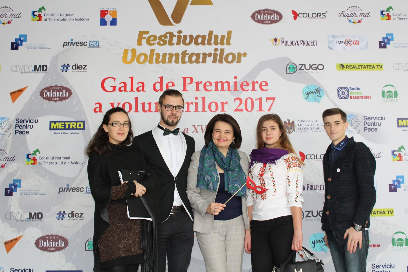 Care sunt cei mai activi tineri și ONG-uri, premiați de către Monica Babuc