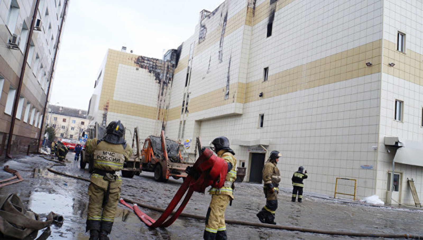 "Cauza oficială a izbucnirii incendiului în centrul comercial din Kemorovo ""Zimnyaya vishnya"""