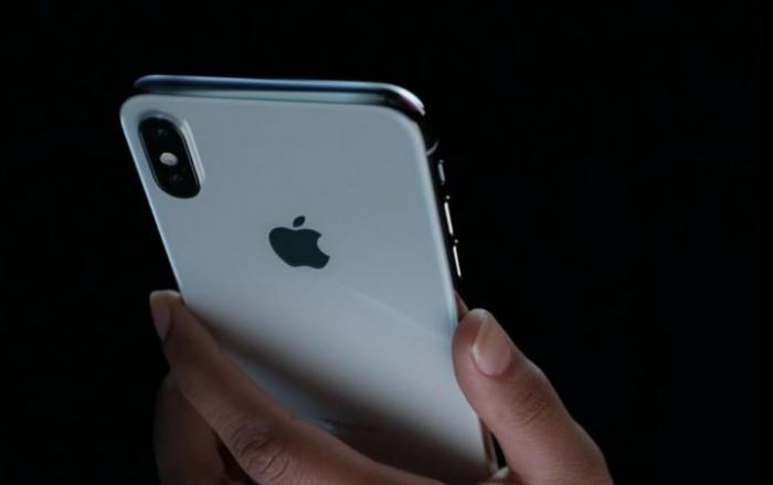 Cea mai așteptată lansare a anului! Apple a prezentat noile telefoane iPhone 8 și iPhone X