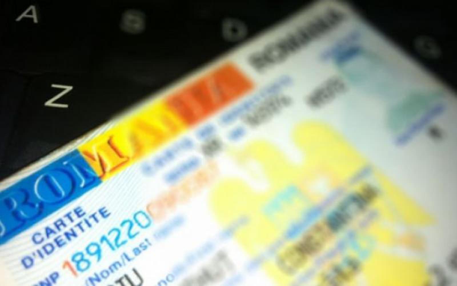 Cei care dețin acte românești vor fi obligați să își schimbe buletinul, pașaportul sau permisul de conducere