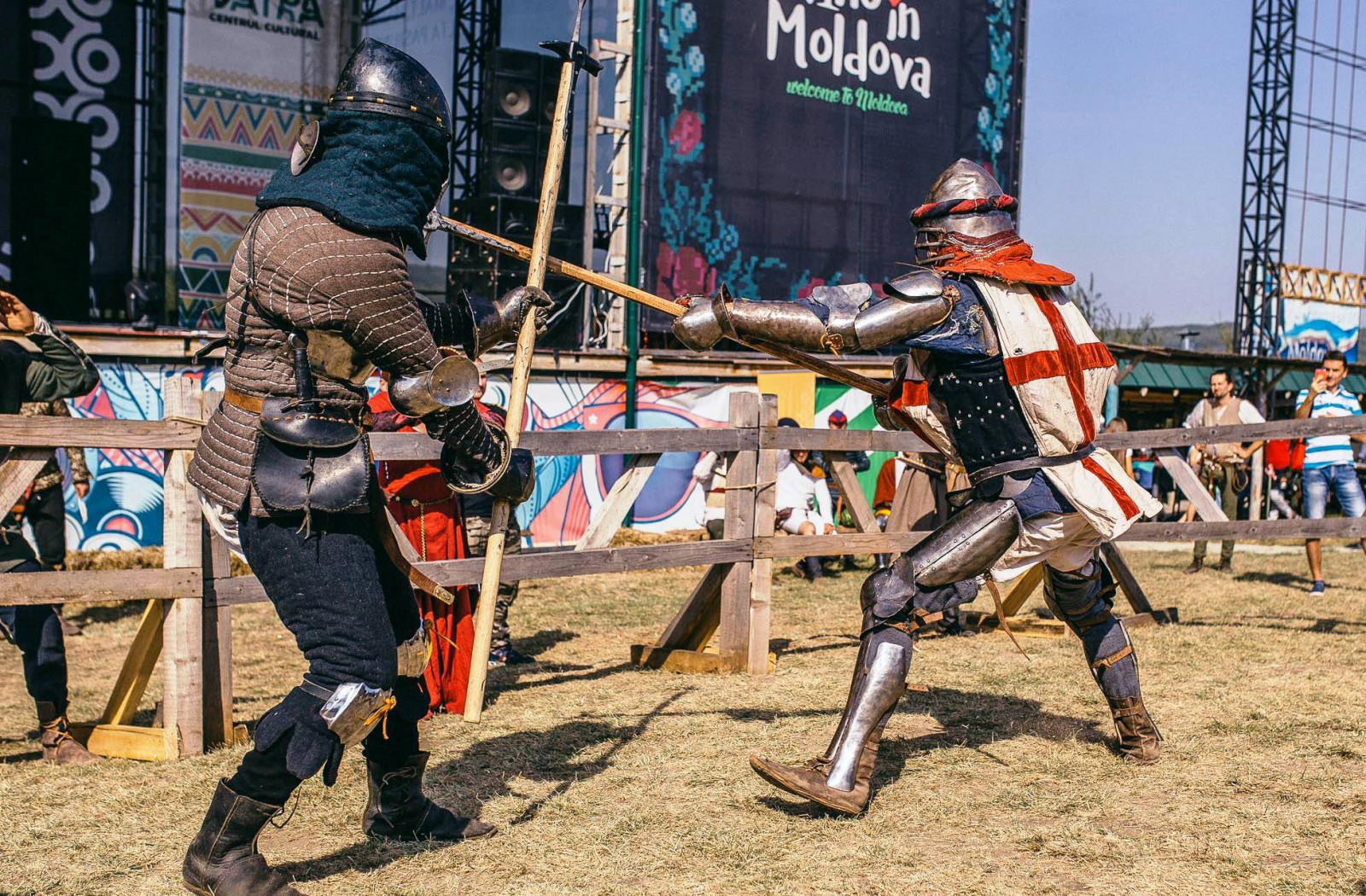 Cei mai puternici cavaleri vor lupta pentru a cuceri inima fiicei Domnitorului la Festivalul Medieval