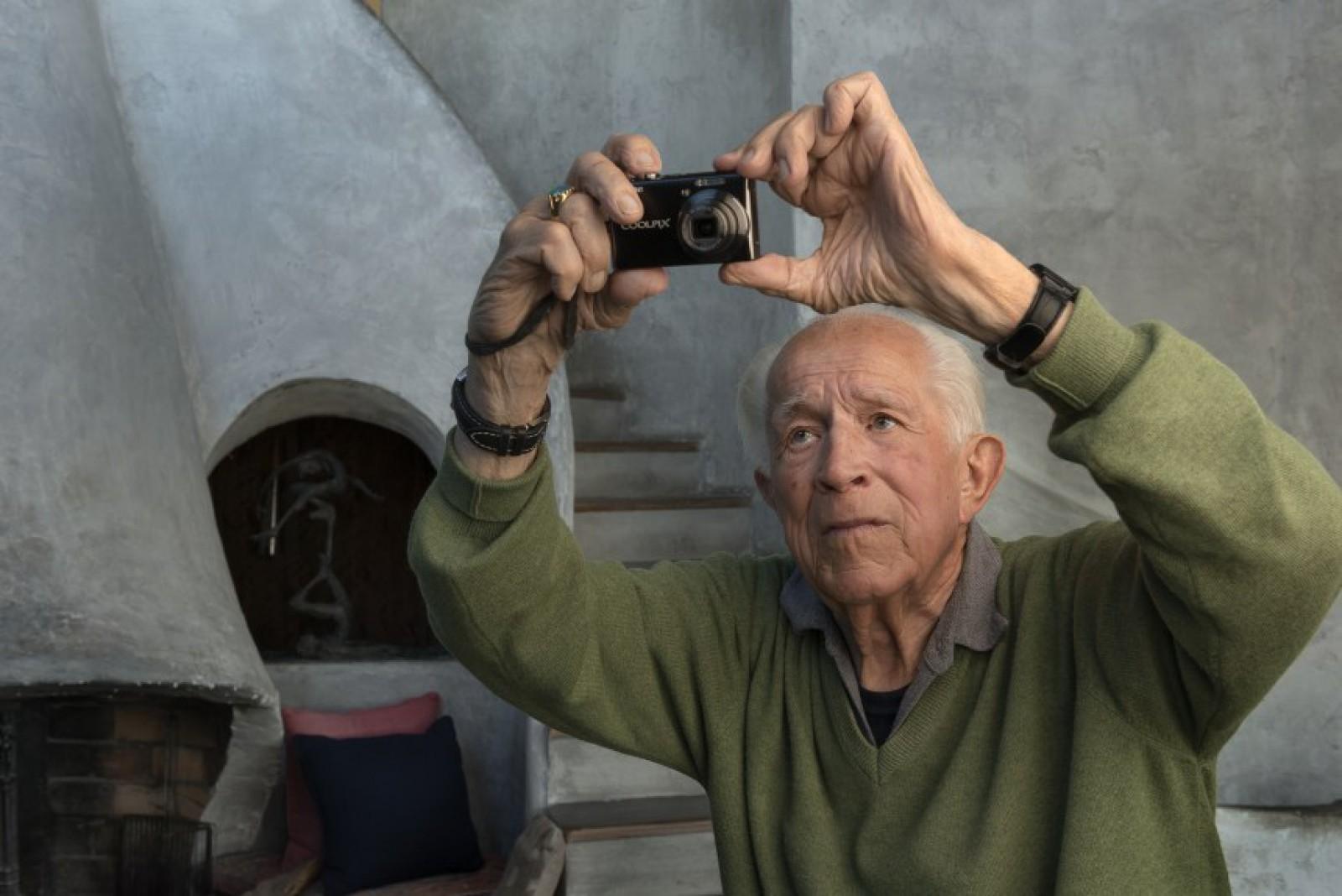 Celebrul fotograf american David Douglas Duncan a murit la vârsta de 102 ani