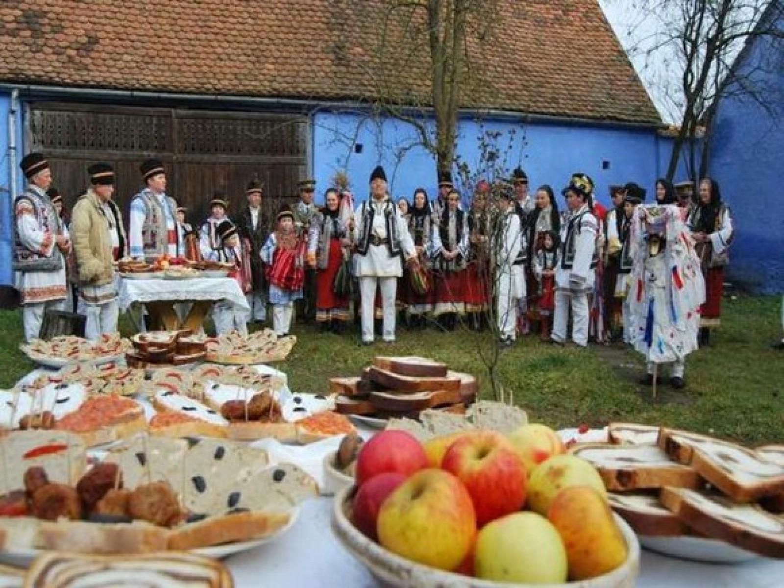 Creștinii marchează astăzi ajunul Crăciunului pe stil vechi. Ce tradiții și obiceiuri există
