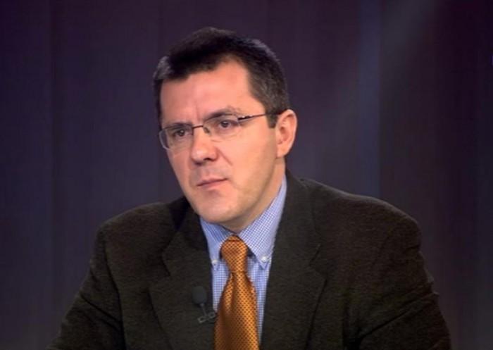 Dan Dungaciu: Asistăm din păcate la un joc al acestor doi actori: Igor Dodon câștigă electorat și PD, Plahotniuc, acaparează toată piața, politică, publică, împotriva lui Dodon