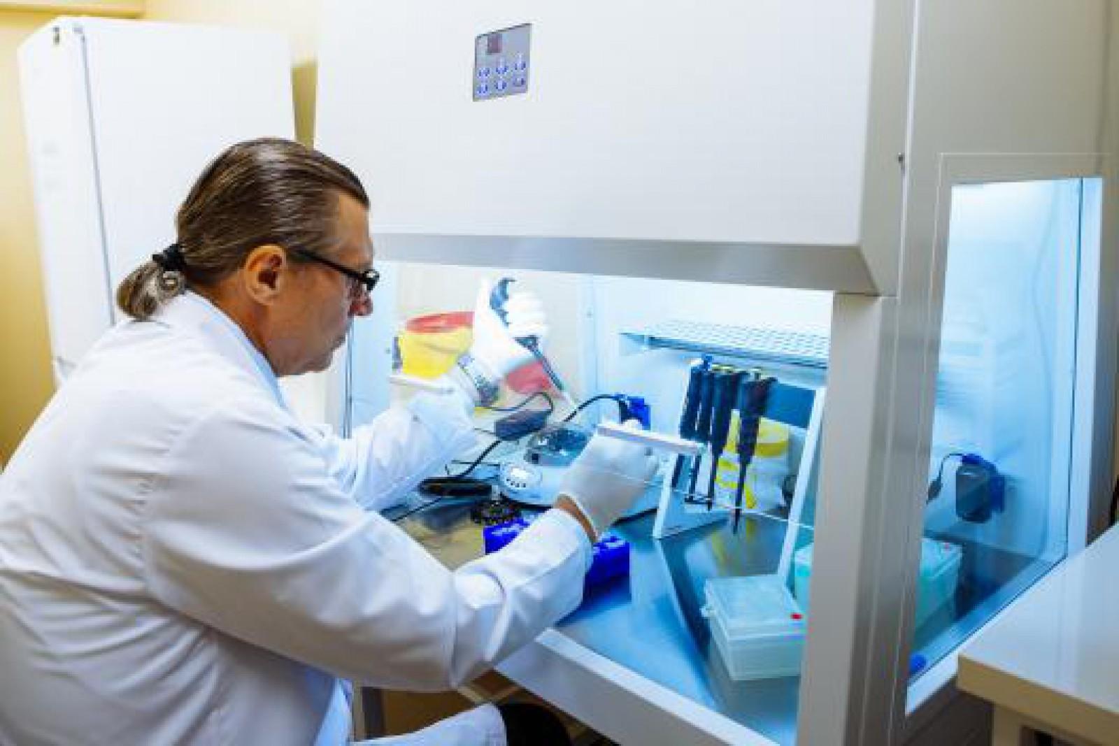 (foto) În Republica Moldova a fost deschis un laborator de testare ADN, primul de acest gen din țară