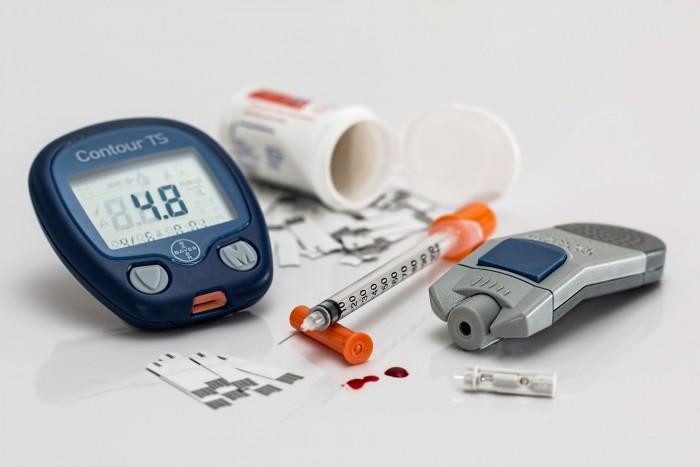 Diabeticii ar putea să-și testeze în curând nivelul zahărului din sânge cu un dispozitiv portabil