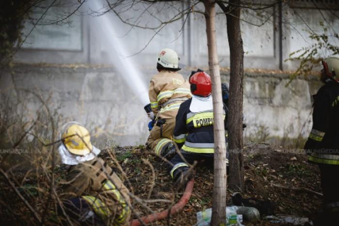 (doc) O familie cu trei copii din Rezina va primi o casă din partea Guvernului: În 2015 locuința le-a fost devastată de flăcări