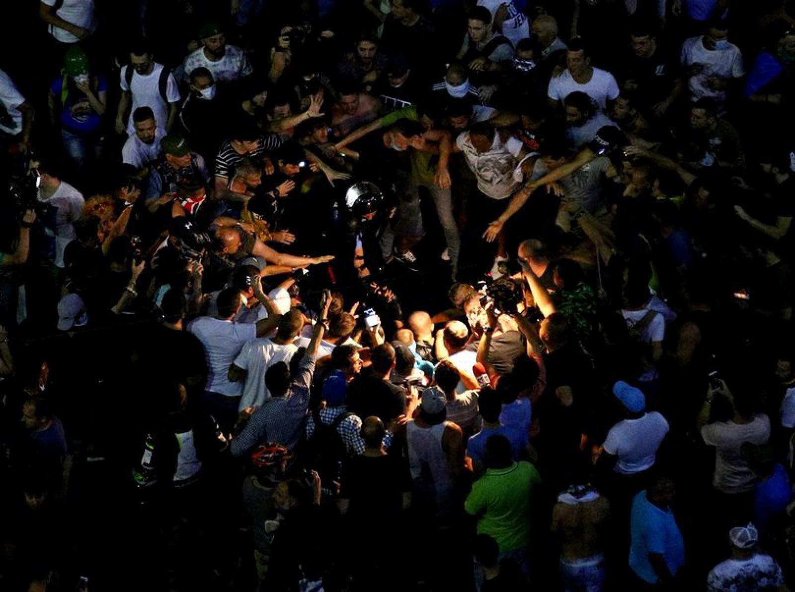 Doi bărbați au fost reținuți după violențele de la mitingul diasporei, la București