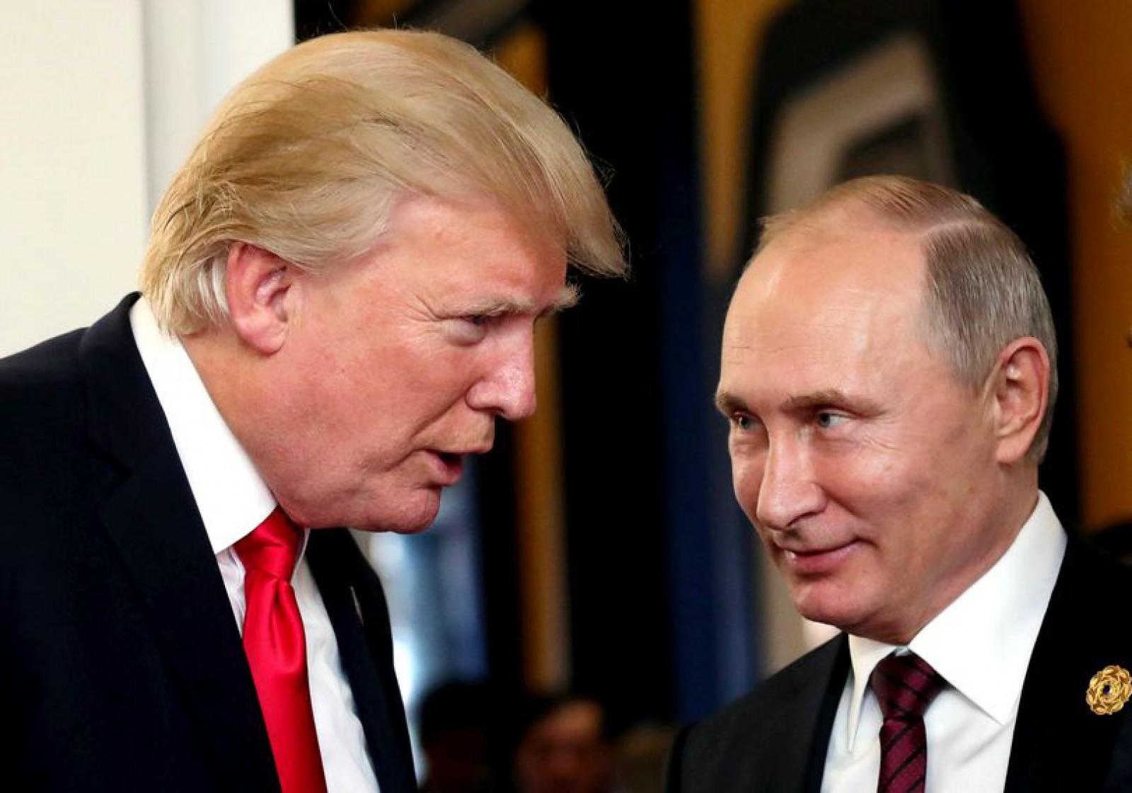"""Donald Trump, lăudat de Kremlin înainte de întâlnirea cu Vladimir Putin: """"E partenerul nostru"""""""