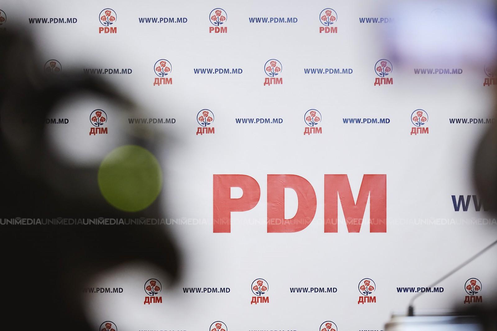 """După ce Plahotniuc nu a votat, PD se """"bucură"""" de câștigul lui Andrei Năstase și """"felicită toți alegătorii care s-au prezentat la vot în primul și al doilea tur al alegerilor"""""""