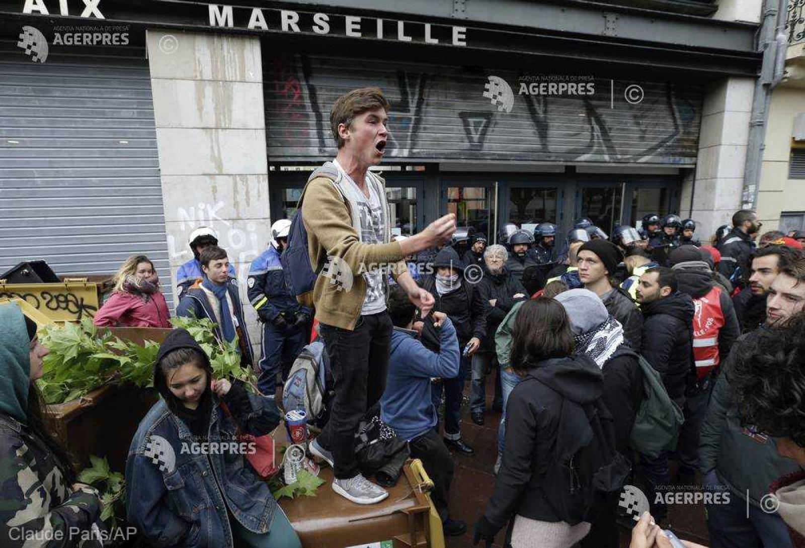 Examene anulate în universităţi din Franţa în timp ce continuă protestele împotriva reformei sistemului de admitere