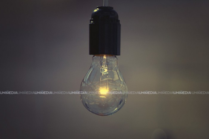 Fără curent electric. În mai multe localități din țară vor fi deconectate de la rețeaua de electricitate