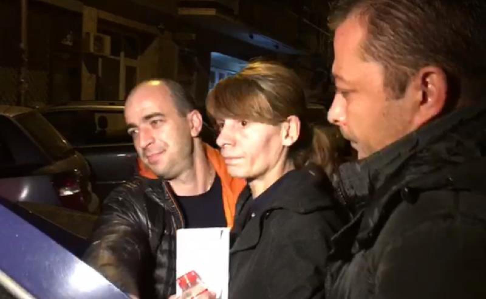 Femeia care a împins o tânără în faţa metroului la Bucureşti, trimisă în judecată