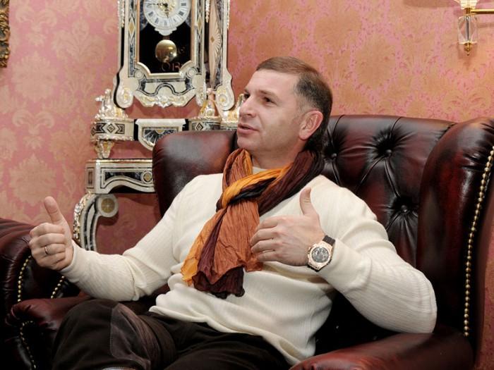 (foto) A fost reținut Andrei Gargalîc, bănuit de evaziune fiscală în proporții deosebit de mari. Cum arată casa omului de afaceri