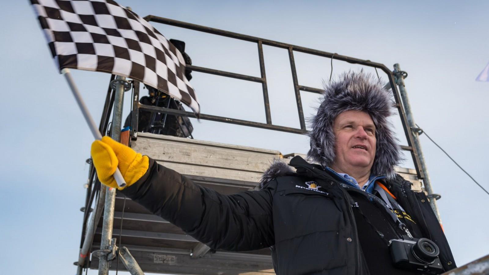 """(foto) A fost surprinsă """"limuzina"""" directorului AutoVAZ şi aceasta are un detector de radare"""