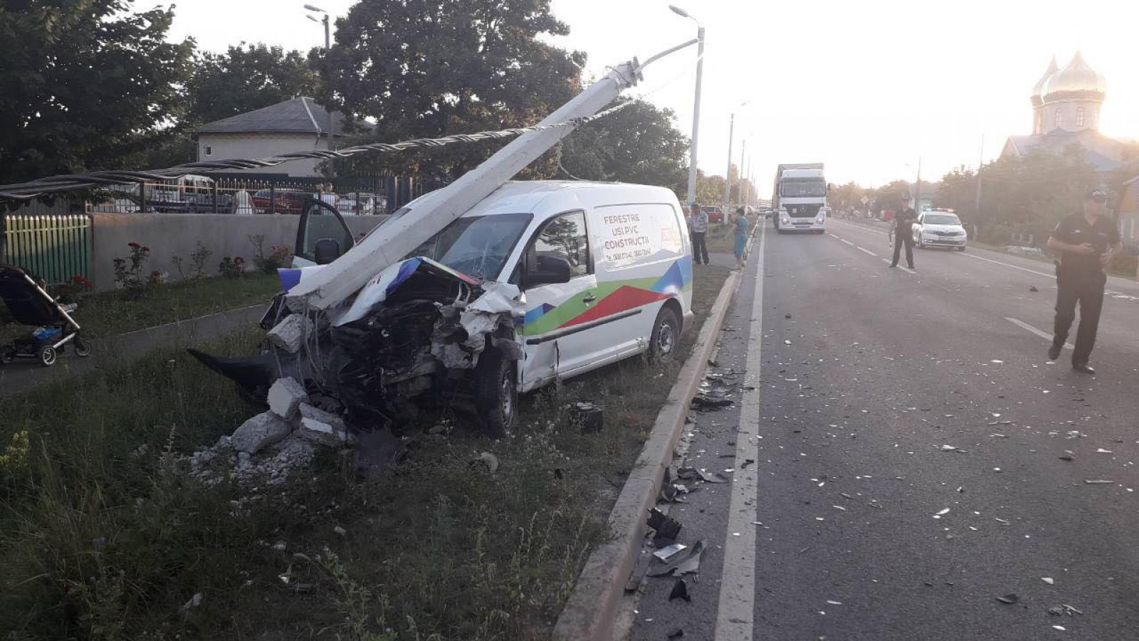 (foto) Accident violent în satul Rublenița: O persoană a fost traumatizată