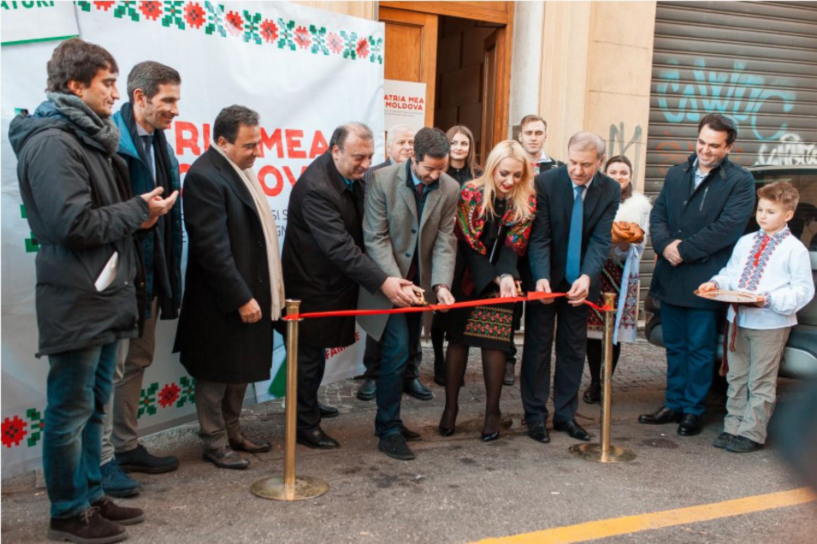 (foto) Igor Cuciuc și Chatarsis, la deschiderea primului birou de reprezentanță din Orhei în Italia