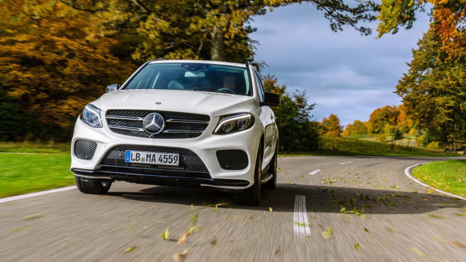 (foto) Mercedes-Benz arată pe câteva schiţe interiorul noului GLE. Iată cum ar putea fi şi la exterior