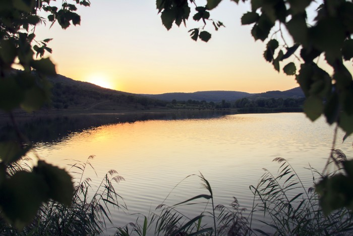(foto, doc) Muzică bună, dansuri populare și bucate tradiționale. Toate, la Festivalul râului Bîc