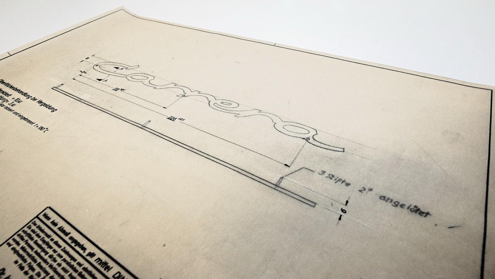 (foto) O istorie întreagă! Arhiva Porsche conţine peste 100000 de coli de hârtie