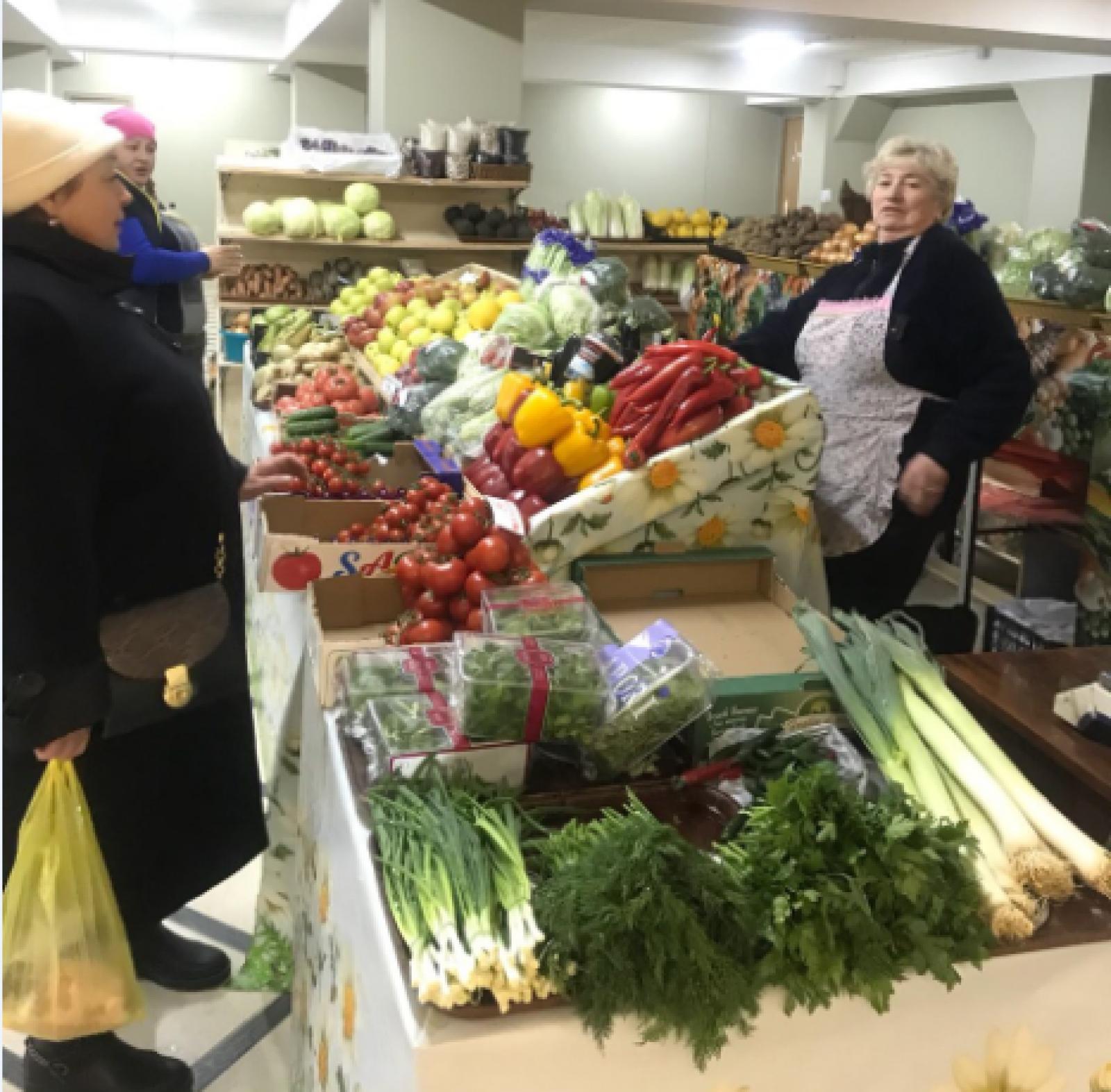 """(foto) Piața """"Alioshina"""" din sectorul Rîșcani și-a reluat activitatea în subsolul Centrului Comercial """"Soiuz"""". Noile reguli pentru agenții economici"""