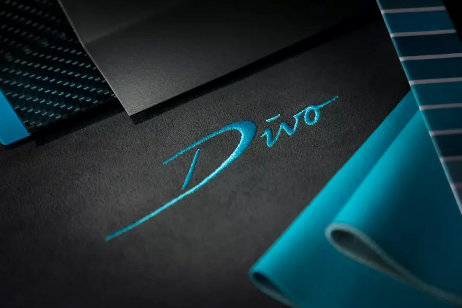 (foto) Premiera mondială a noului Bugatti Divo va avea loc la 24 august 2018