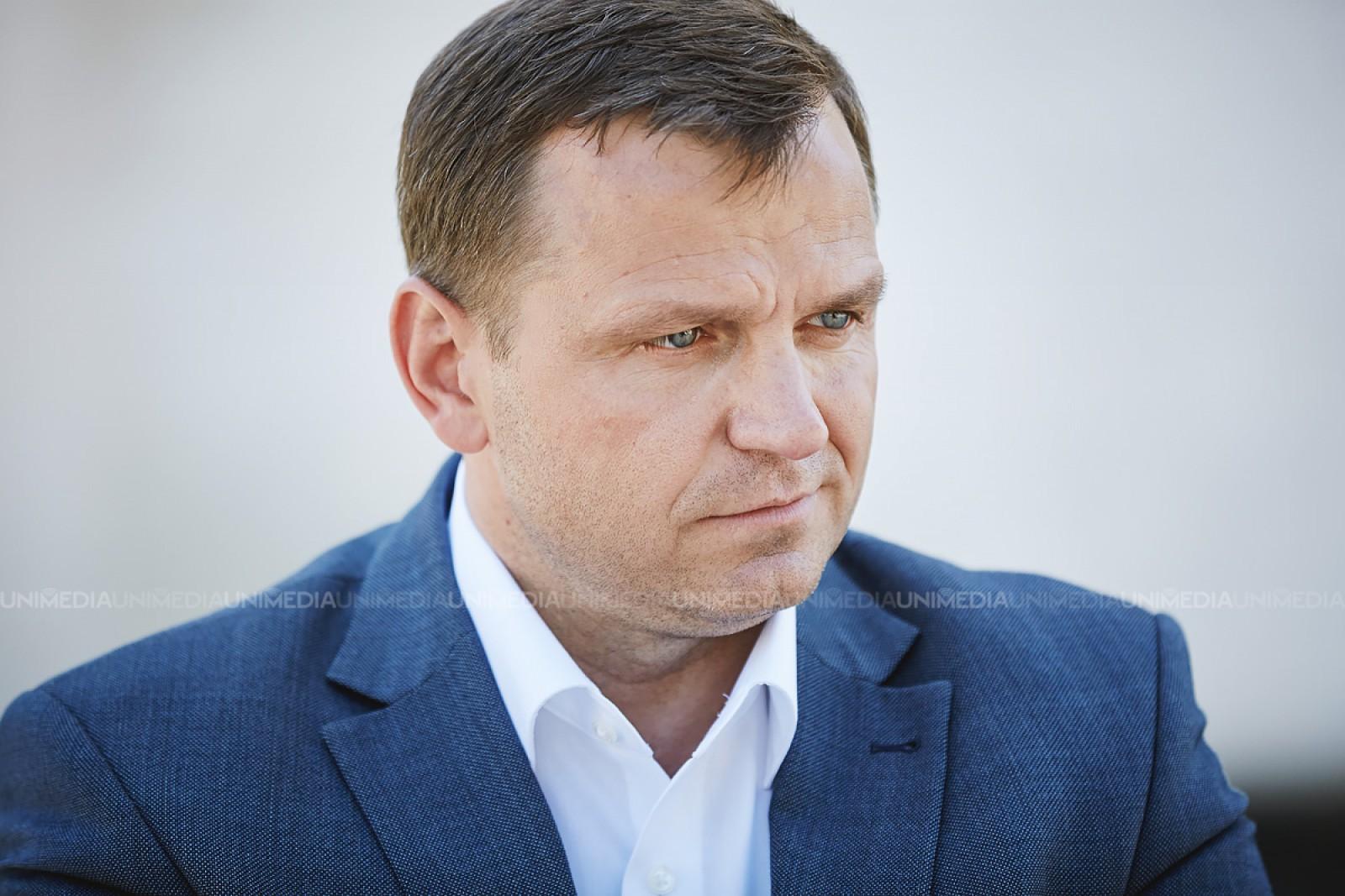 (foto) Prima poză în calitate de primar a lui Andrei Năstase a devenit virală pe rețelele de socializare