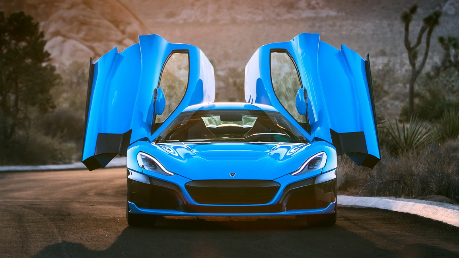 (foto) Rimac Automobili aduce la Pebble Beach modelul special C_Two California Edition