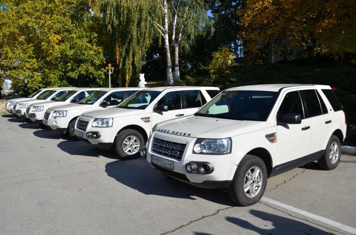 (foto) Serviciul Vamal și Poliția de Frontieră s-au ales cu șase Land Rover-uri: Donația vine din partea Misiunii EUBAM