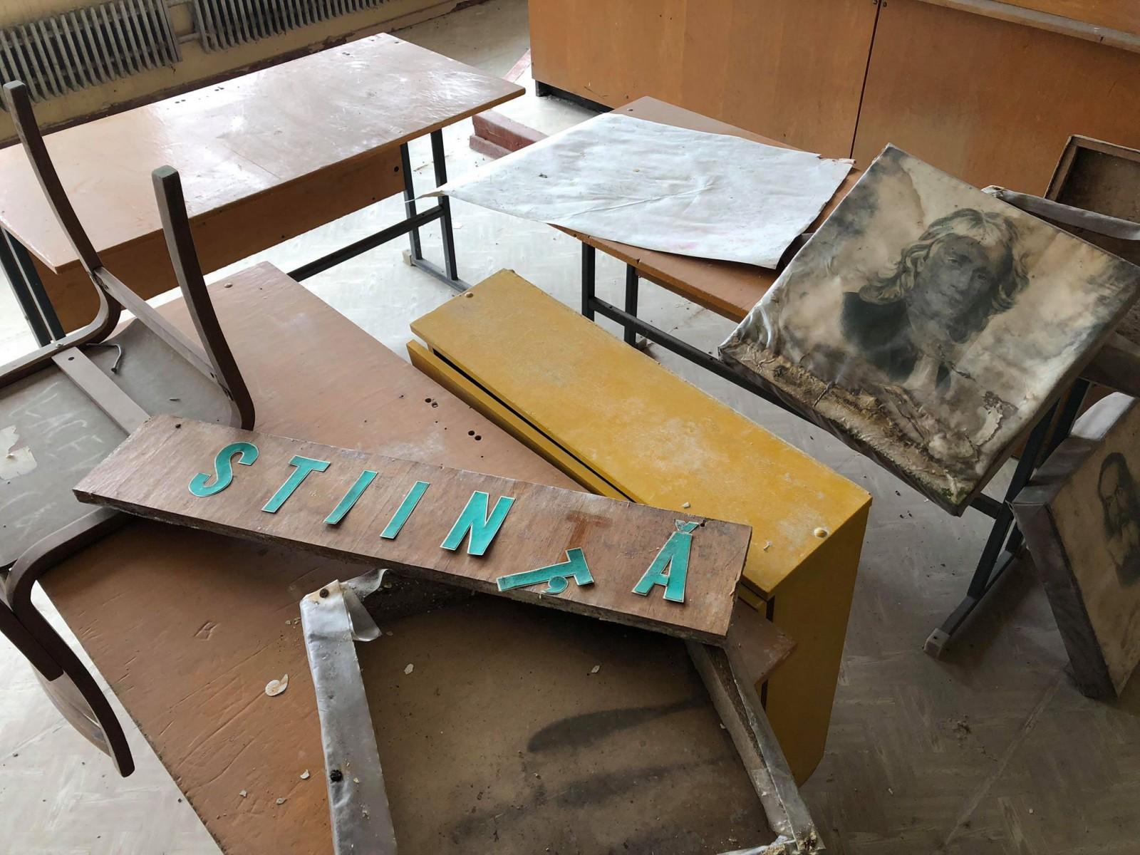 (foto) Singura școală română din Taraclia riscă se fie închisă: Pereții, gată să se prăbușească