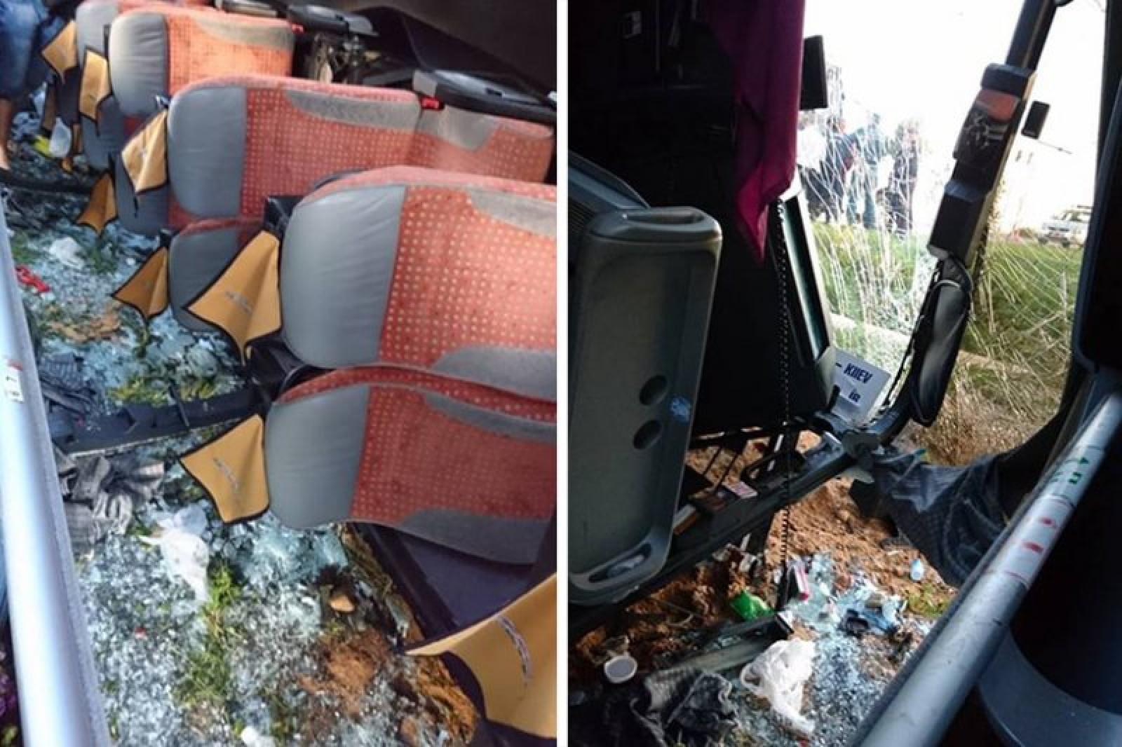 (foto) Un moldovean a fost rănit în urma unui accident, produs pe o șosea din Belarus. Autobuzul cu 53 de pasageri s-a răsturnat după ce șoferul ar fi adormit la volan