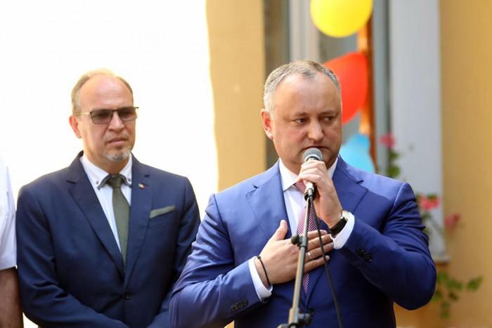 (foto/video) Igor Dodon: Mulțumesc Guvernului României pentru redeschiderea grădiniței de la Sadova