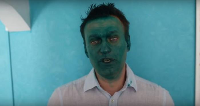 (video) Opozantul rus Alexei Navalinîi, stropit în față cu verde de briliant: Îmi ardea fața, credeam că e acid