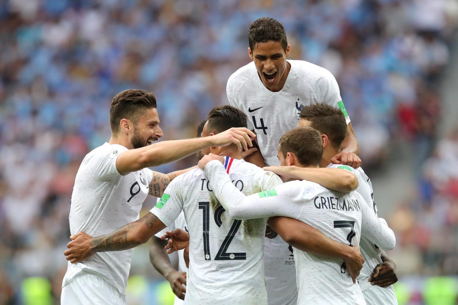 Franța 2-0 Uruguay: Les Bleus s-au calificat pentru a șasea oară în semifinalele Campionatului Mondial de Fotbal