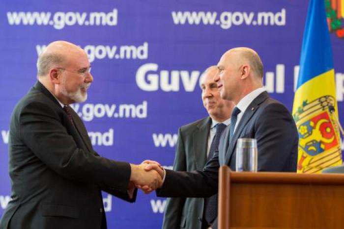 Guvernul Filip a concesionat circa 40% din teritoriul Moldovei unui offshore