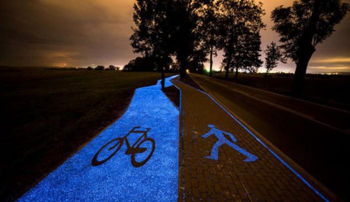 Invenţie fascinantă a polonezilor: pista de biciclişti care se încarcă la lumina solară şi noaptea rămâne aprinsă