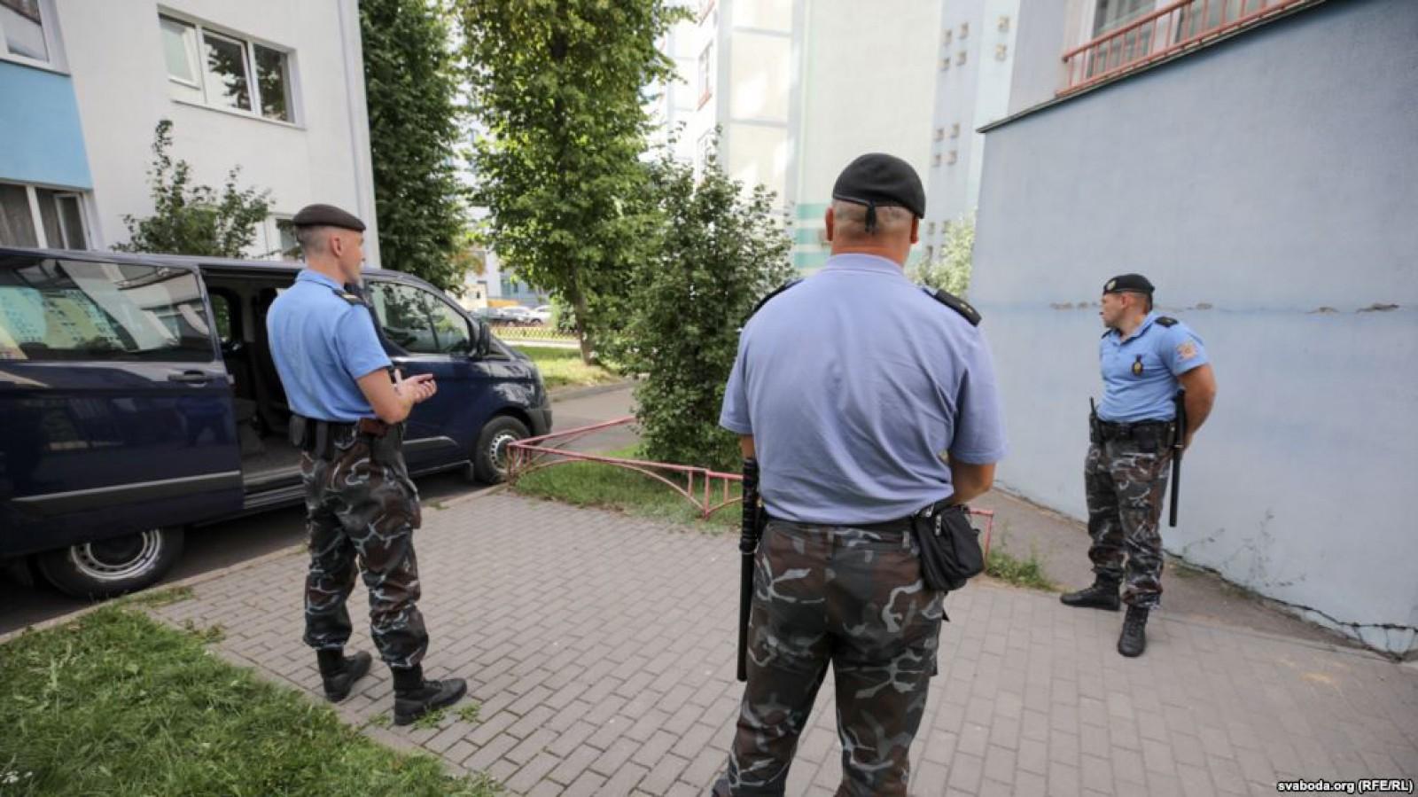 Jurnaliştii reţinuţi săptămâna aceasta în Belarus au fost eliberaţi
