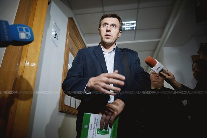 """""""La înmormântare fără mort"""". Reacția lui Chirtoacă la neînregistrarea sa la referendumul de pe 19 noiembrie"""
