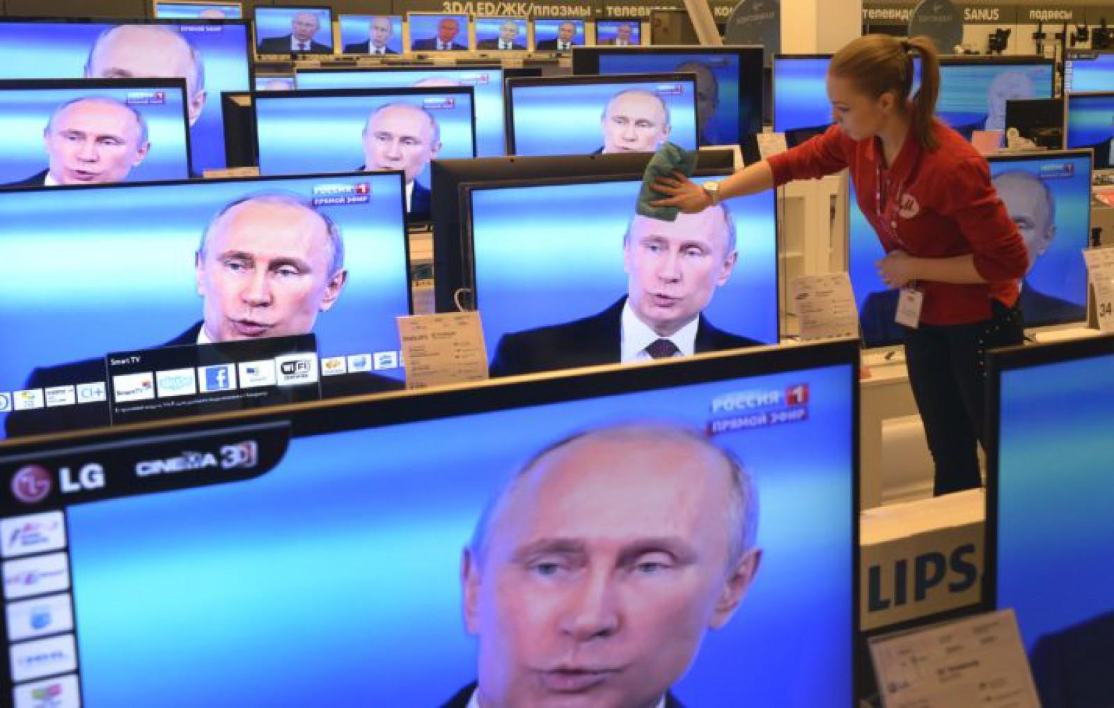 (doc) Legea anti-propagandă TV, promulgată de președintele interimar Andrian Candu