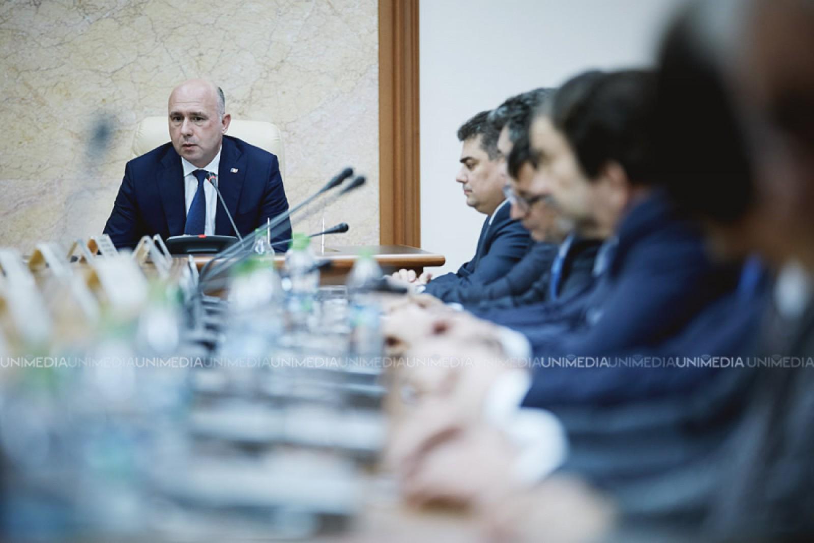 """(video) Pavel Filip: """"Încep ședința cu o veste bună. Mărțișorul a fost inclus pe lista UNESCO"""""""