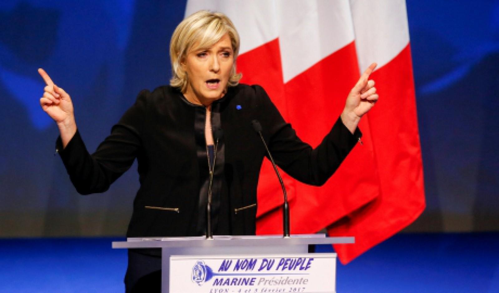 Marine Le Pen va propune un nou nume pentru formaţiunea Frontul Naţional din Franţa