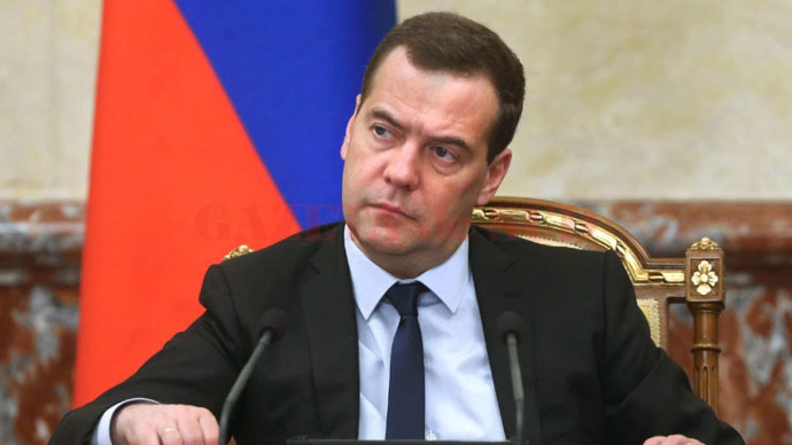 Medvedev: Noi sancţiuni impuse Rusiei de către Statele Unite ar fi considerate un război economic