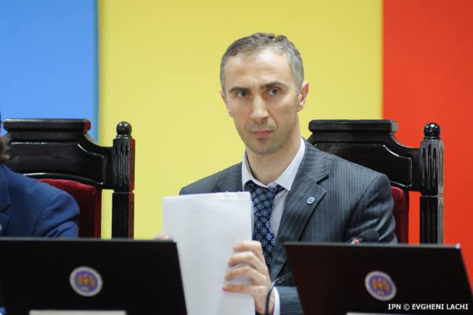 "Membru CEC, despre respingerea ""inițiativei buclucașe"