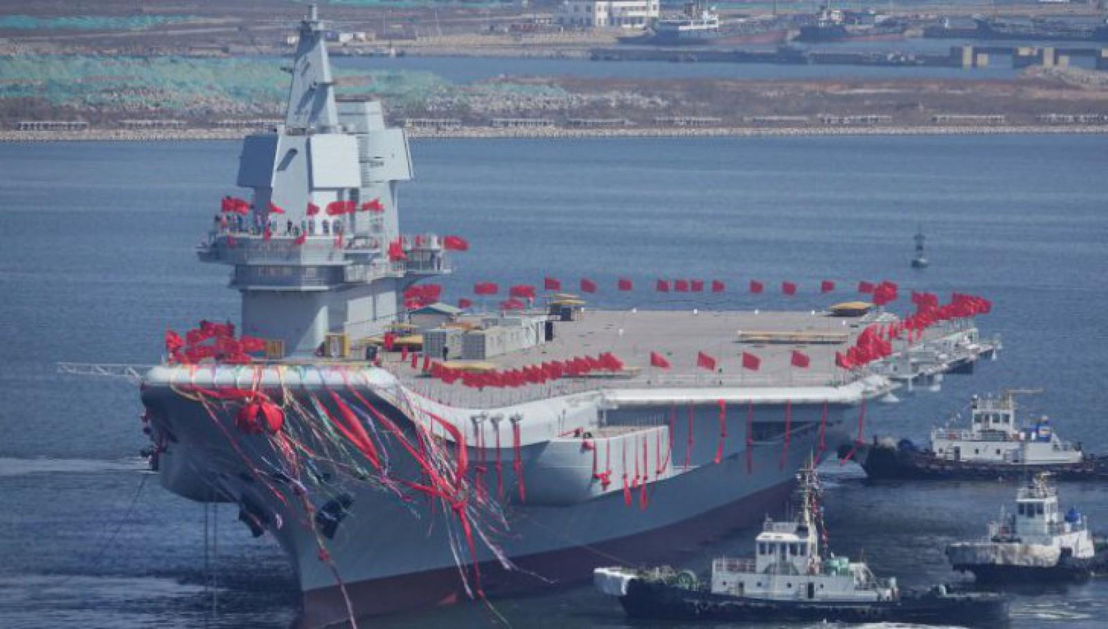 """Mesajul Beijingului. Primul portavion """"made in China"""" începe testele pe mare"""